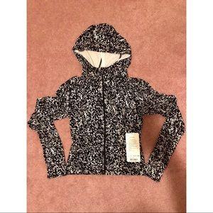 Lululemon Move With Ease jacket size 6